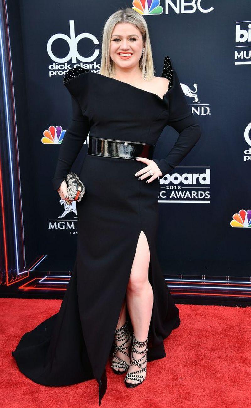 Billboard Music Awards 2018 Tutti I Look Del Red Carpet