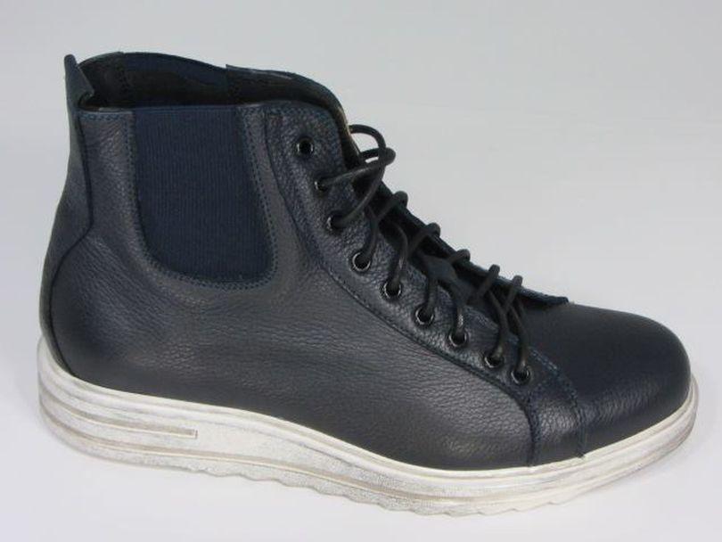 Foto carolina marconi scarpe modelli e prezzi velvet for Acquari prezzi e modelli