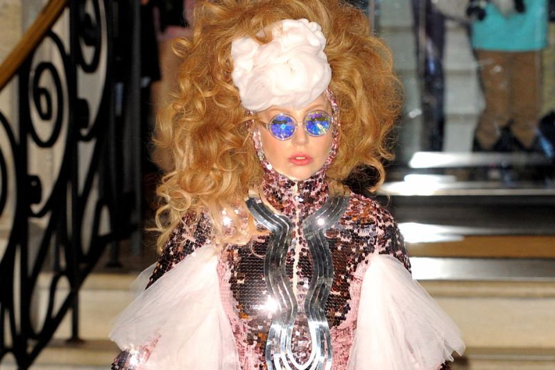 Lady Gaga look stravagante