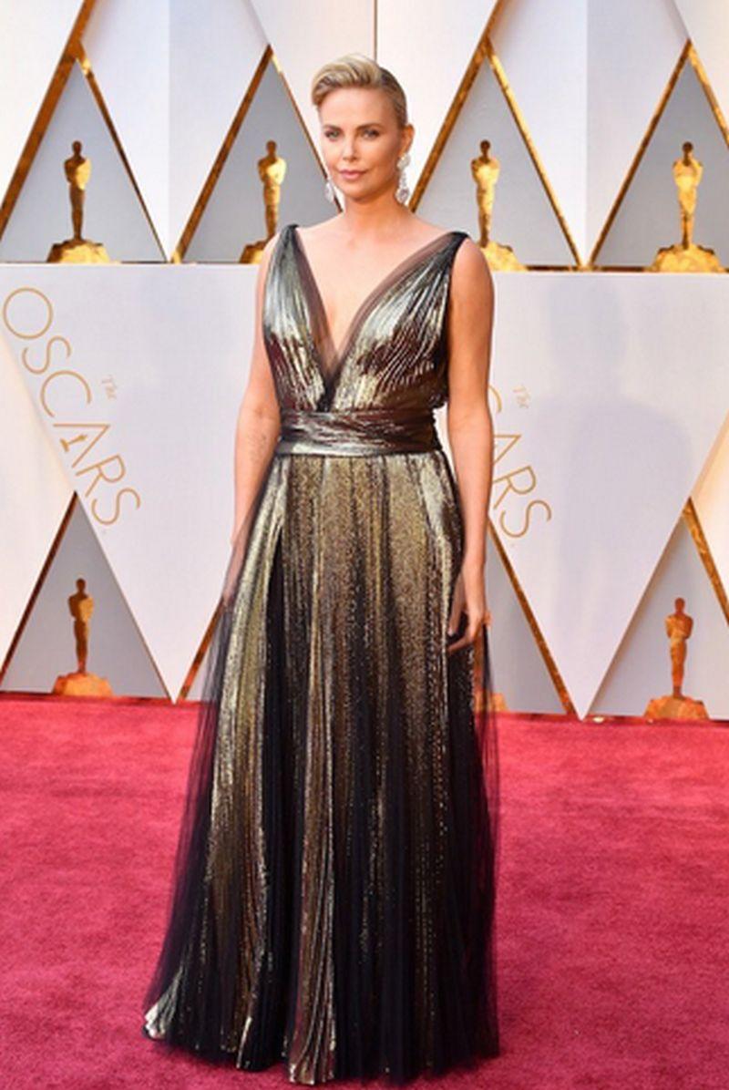 Oscar 2017 -Charlize Theron-Dior