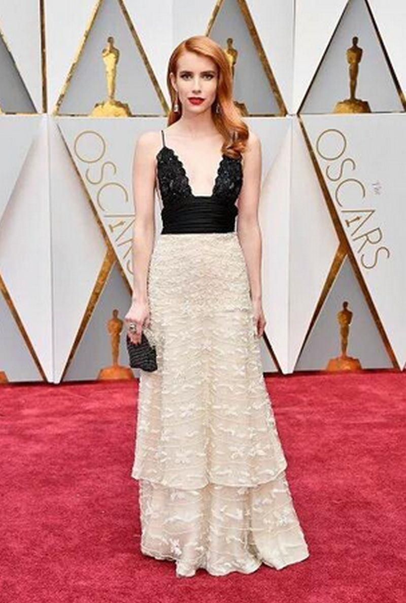 Oscar 2017- Emma Roberts - Armani Privé