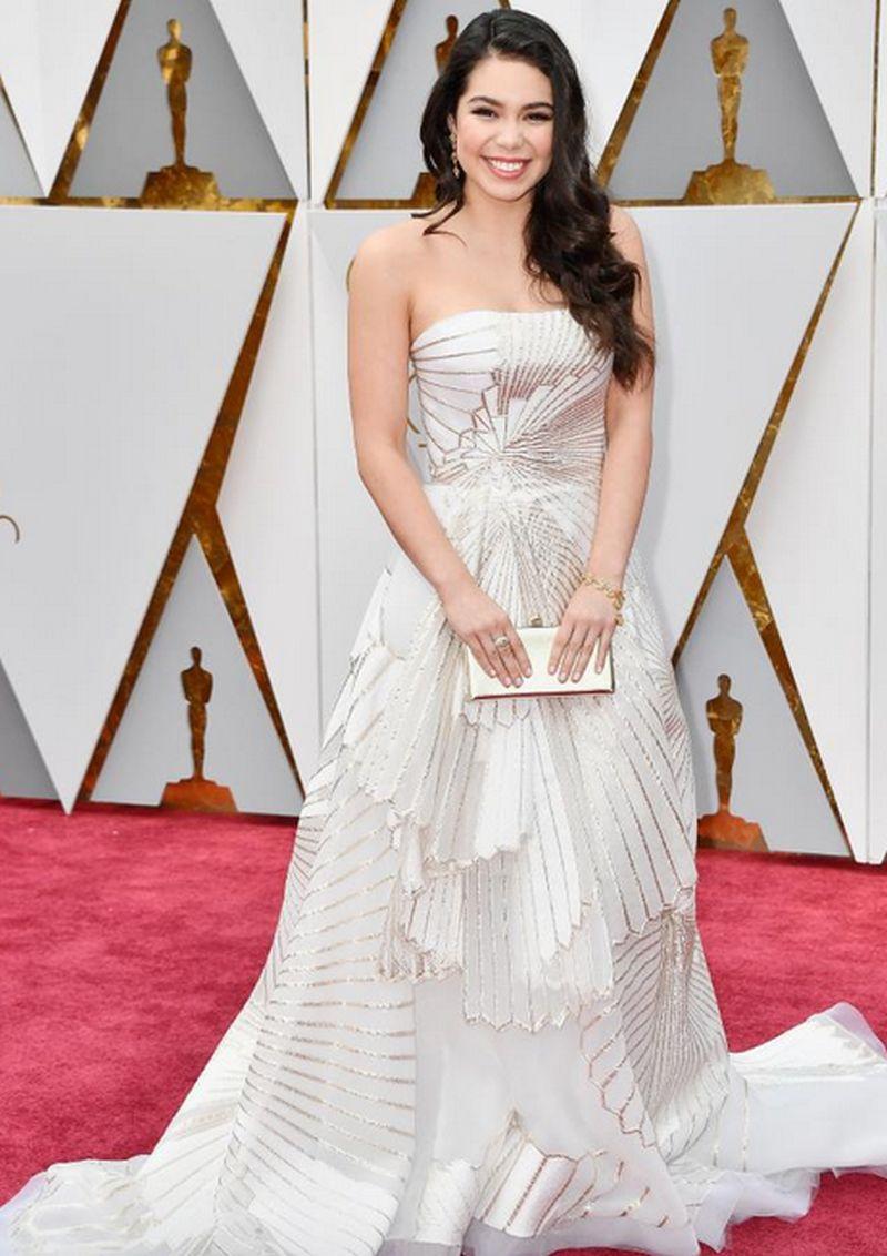 Oscar 2017- Auli'i Cravalho - Rubin Singer