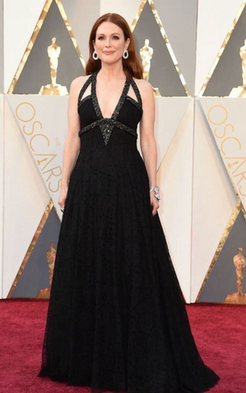 Oscar 2017 - Julianne Moore Chanel