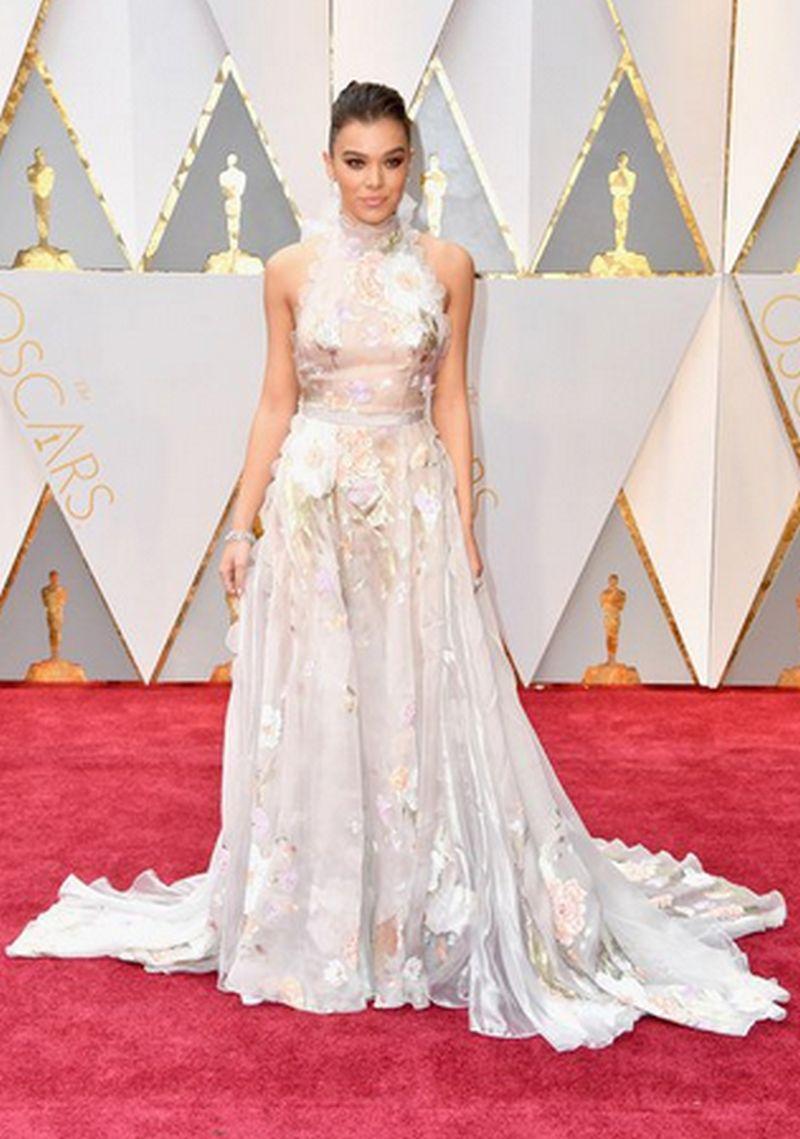 Oscar 2017 - Hailee Steinfeld - Charlotte Olympia