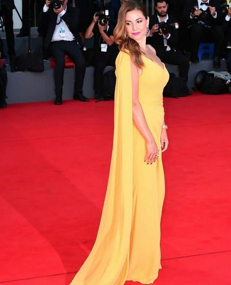 look_sesto_red_carpet_venezia75_012