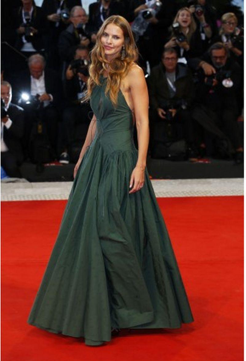 look_sesto_red_carpet_venezia75_027