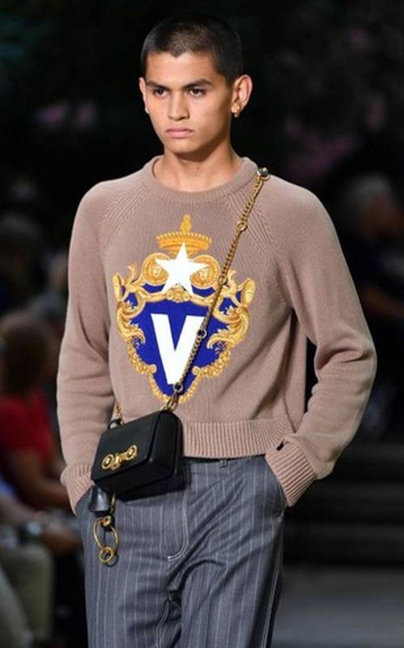 Versace_ss_19_024