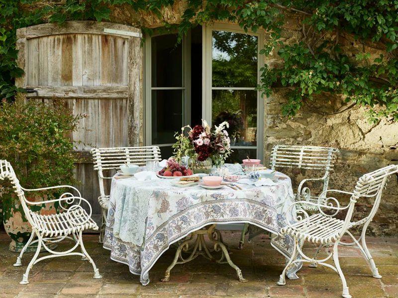 nuova collezione zara home tovaglie piatti bicchieri e. Black Bedroom Furniture Sets. Home Design Ideas