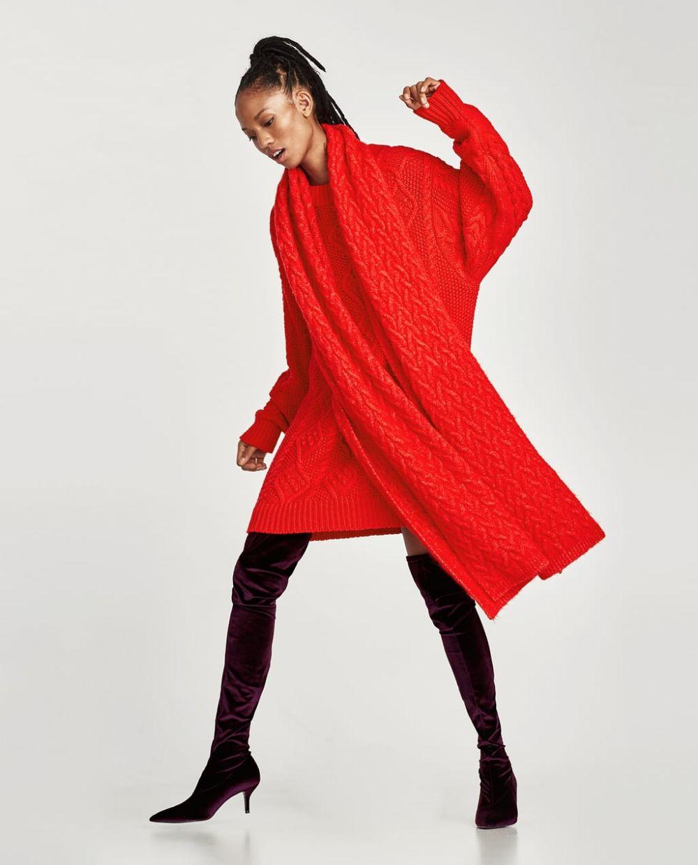 Maglione Lana e Sciarpa rossa Zara Camicia Frange Rosse Zara Cappotto ... 5c85e5ea0816