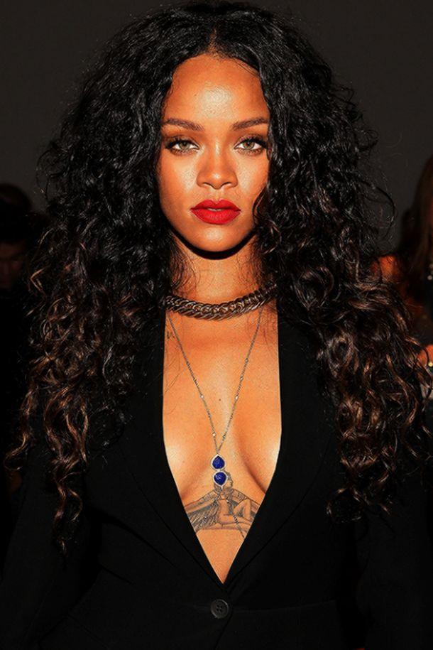 Rihanna: tutte le regole da infrangere per imitare il suo