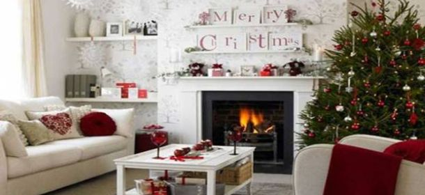 Decorare la casa a natale con stile idee facili low cost - Decorazioni natalizie per le scale ...