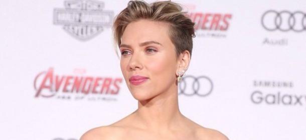 Scarlett Johansson: il look da Vedova Nera alla prima di Avengers, Age of Ultron