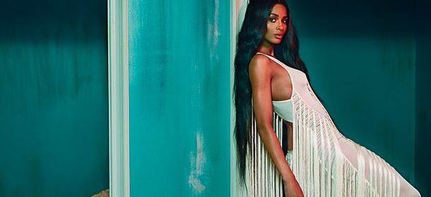 Roberto Cavalli: Ciara è la nuova testimonial selvaggia e sensuale [FOTO]