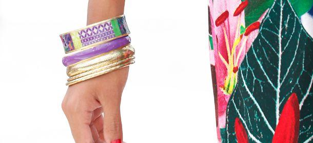 I saldi Desigual sugli accessori: collane e orecchini dal mood etnico e colorato