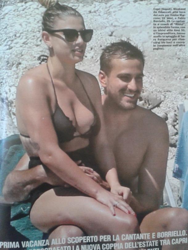 Emma Marrone in bikini: meglio gli anni \'50 o i tempi moderni ...