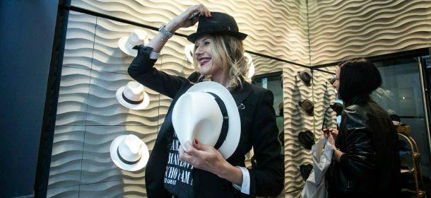 Panama e Trilby: i cappelli di paglia perfetti per la spiaggia, da usare anche in città