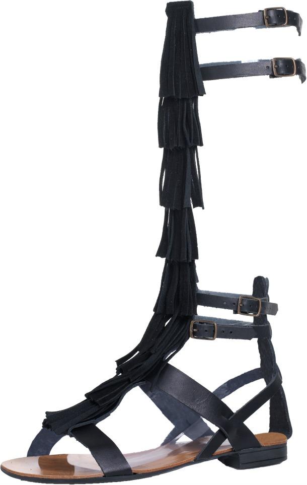 Sandali alla schiava Primadonna: modelli grintosi e ultra
