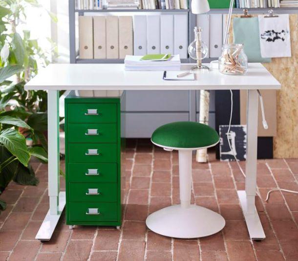 Da ikea arriva vivalascuola scrivanie sedie e librerie per lo studio e il lavoro velvet - Ikea catalogo scrivanie ...
