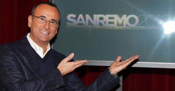 Sanremo 2016: Carlo Conti veste (ancora) Salvatore Ferragamo