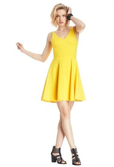 huge selection of 12dce 76662 vestito-giallo-corto - Velvet Style - VelvetStyle