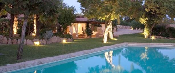 Sardegna ville di lusso in costa smeralda velvet style for Progetti ville di lusso