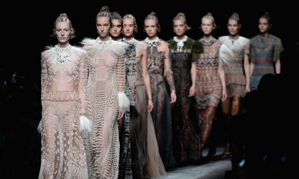 Parigi Fashion Week 2016: Calendario sfilate e recap dei primi due giorni