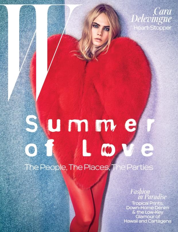 Dopo Rihanna, il cuore rosso di Saint Laurent fa impazzire Cara Delevingne e Kendall Jenner