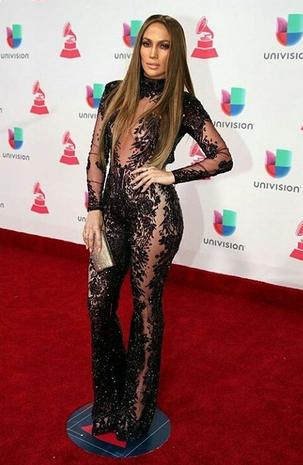 Jennifer Lopez jumpsuit naked lato B