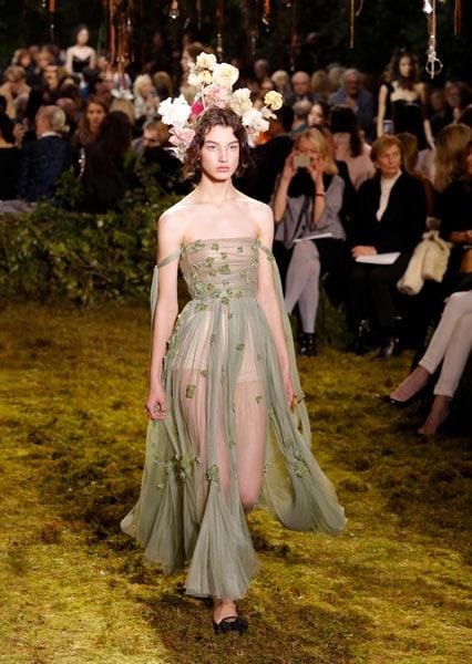 Dior Haute Couture PE 2017, il debutto incantato di Maria Grazia Chiuri