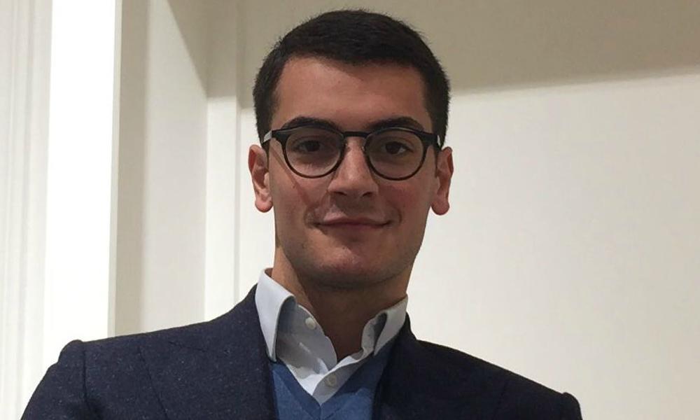 """Alessandro Amirante: """"La passione, la costanza e il duro lavoro sono la chiave del successo"""""""