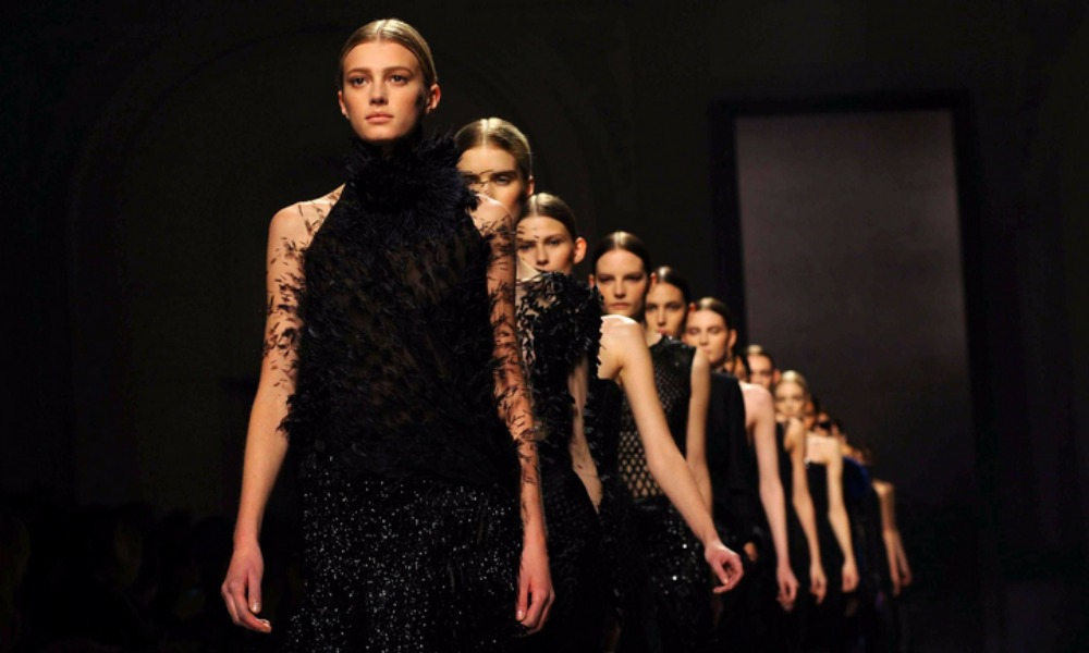 Milano fashion week 2017 calendario sfilate ed eventi for Eventi design milano 2017