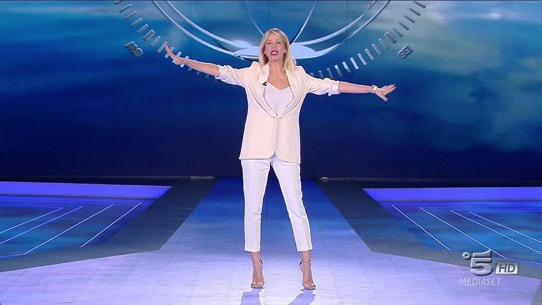 Isola dei Famosi: look quinta puntata Alessia Marcuzzi ...