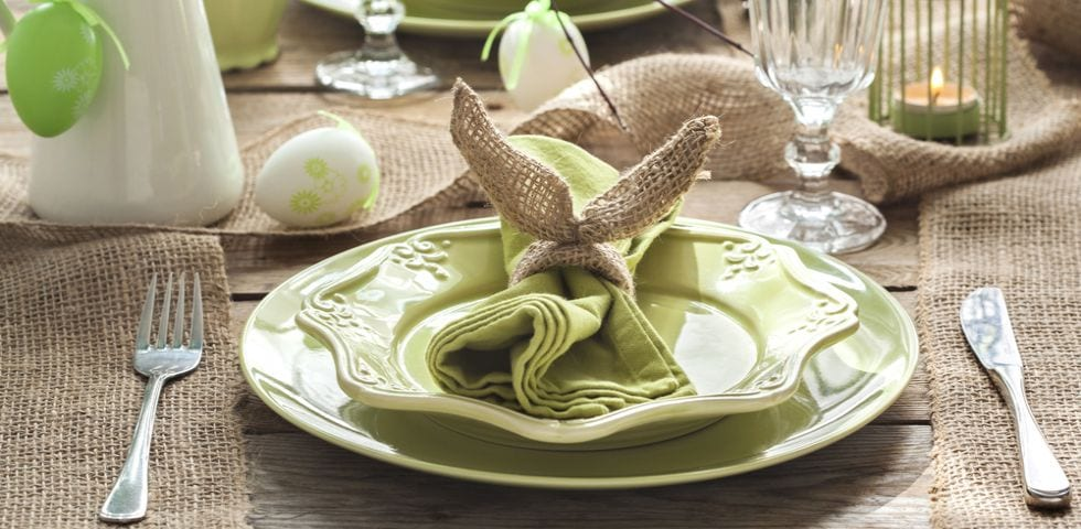 Pasqua 2018 come decorare la tavola velvetstyle for Idee per decorare i muri di casa